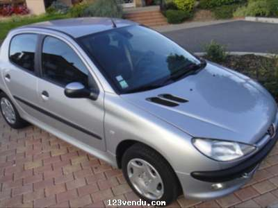 Annonces classees img:preview Peugeot 206 1.4 XR Presence