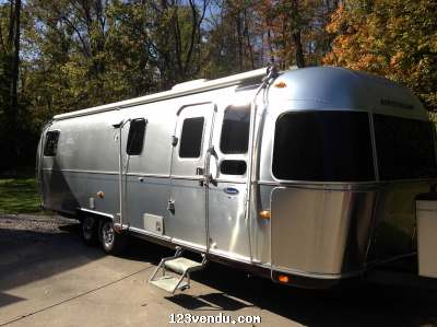 2008 airstream 31 classic vendre annonces class es. Black Bedroom Furniture Sets. Home Design Ideas